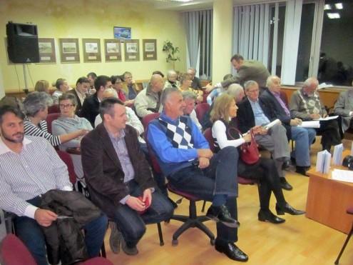 """Публика и учесници на """"Сатиричној позорници Жикишон 2015"""""""